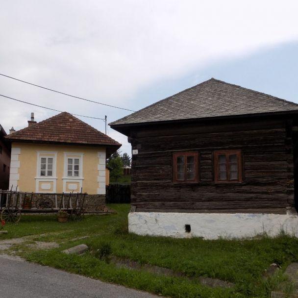 Obec Teplička