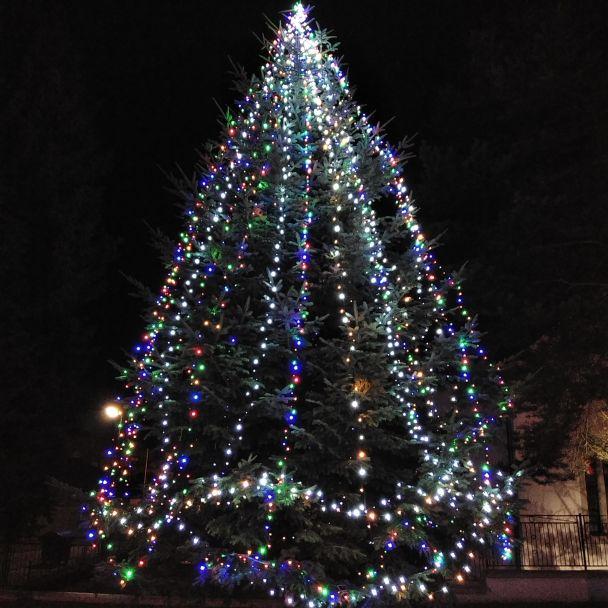 Vianočný strom v obci 2019